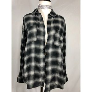 Trendy Grey and Black Open Back Flannel